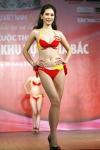 Chung kết Hoa hậu Việt Nam 2012 - Nguyễn Thị Hà, SBD 890. Cao 1,70m Số đo ba vòng 84-61-88