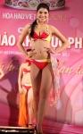 Chung kết Hoa hậu Việt Nam 2012 - Nguyễn Thị Thanh Thùy, SBD 338. Cao 1,69m. Số đo ba vòng 84-66-89.