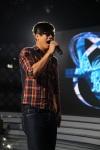 Vietnam Idol 2012 Tap 9 Gala 1 - Anh Quan tap voi ban nhac